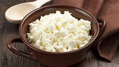 what to eat with cottage cheese the best time for different products s diets