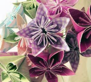 Folded Paper Flower - diy origami flowers make something mondays