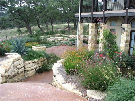 Hill Country Gardens - small yard landscaping ideas central drought