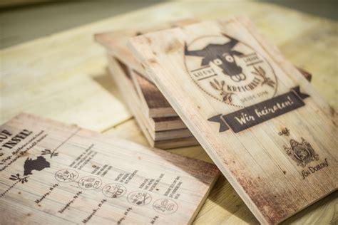 Hochzeitseinladung Auf Holz by Druck Auf Holz Holzeinladung