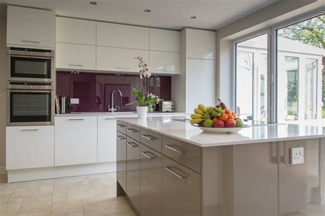 beige kitchen with grey blind kitchens kitchen ideas in style calla in high gloss white and high gloss beige