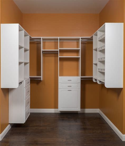Diy Small Walk In Closet Ideas by Small Walk In Closet Ideas