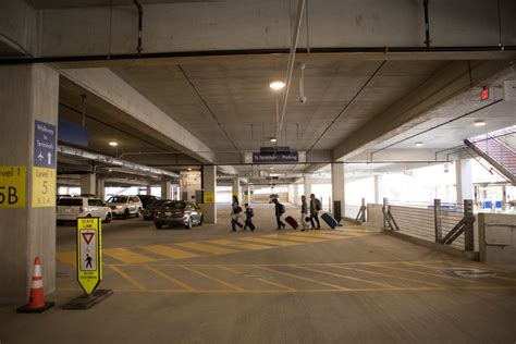the parking garage airport opens short term parking garage in time for holidays