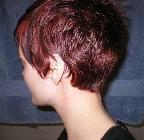 back of head showing a wedge hairstyle dorothy hamill haircut from the back of head short