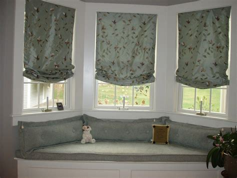 bedroom bay window seat plush bay window pertaining to house also how to utilize bay window bay window living