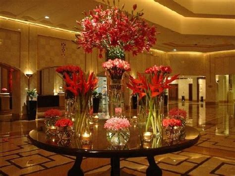 design house decor floral park lobby flower decor picture of the ritz carlton doha