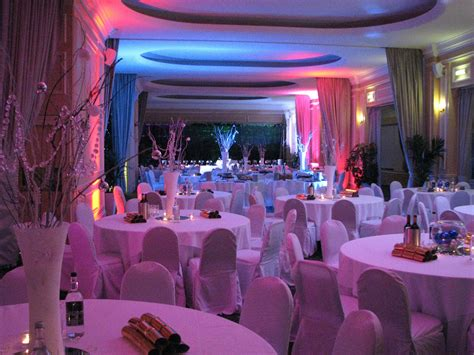 party themes for year end functions 8 ideas for holiday year end parties the modern event