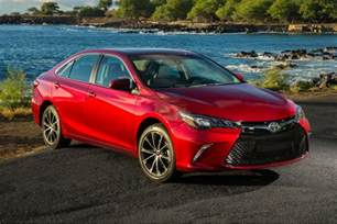 Toyota Photos The 2017 Toyota Camry Gains More Standard Features But No