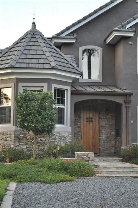 gray stone house grey stucco house with stone a place where i belong pinterest