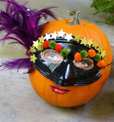How To Decorate A Pumpkin by 15 Ways To Decorate A Pumpkin Familycorner 174