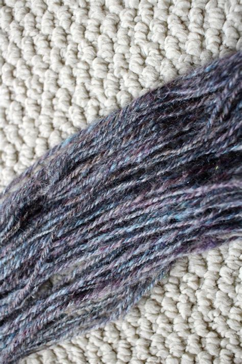 Gradient Nest spinning a gradient part 2 sling with wool