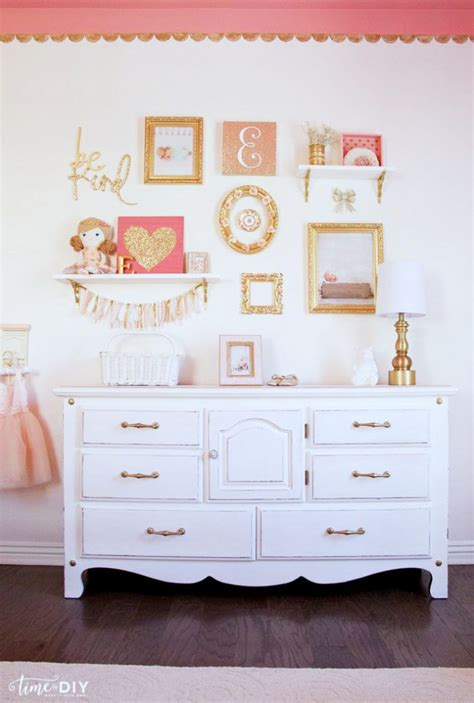 Glam Bedroom Wall Decor by Chippy Glam Dresser Makeover Lolly