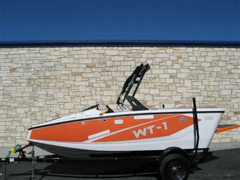 bryant boats wake tractor bryant new and used boats for sale