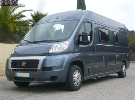 4 Places location fourgon camping car 4 couchages Languedoc Roussillon Gard   Location camping car