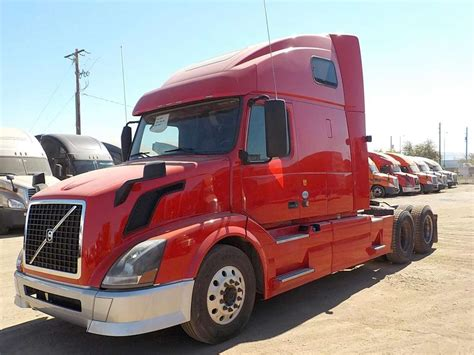 volvo semi 2013 volvo vnl64t670 sleeper semi truck for sale 388 620