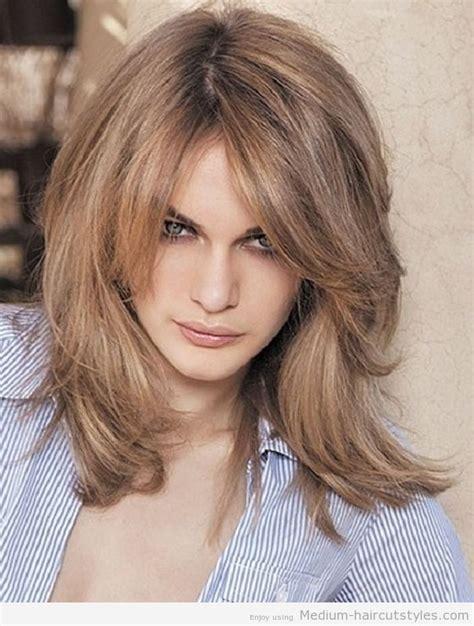 short to med ladies haircuts medium haircuts women medium haircut