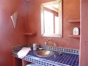 Comment Decorer Sa Salle De Bain #3: d%C3%A9coration-marocaine-salle-de-bain.jpg