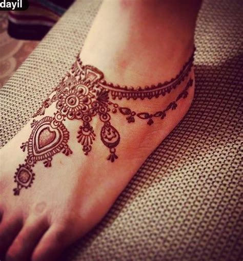 henna design tattoos on feet 97 jaw dropping henna tattoo ideas that you gotta see