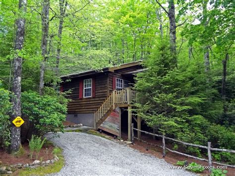 cave cabin rental cabins at seven foxes lake