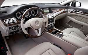 Jaguar Xj Vs Mercedes Cls Motortrend Comparison Audi A7 Vs Jaguar Xj Vs Mercedes Cls