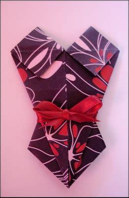 Origami Venus Fly Trap - forge fashion february 2011