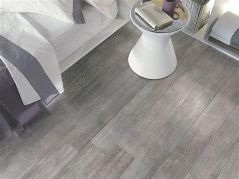 pavimento gres legno pavimento in gres porcellanato effetto legno pro e contro