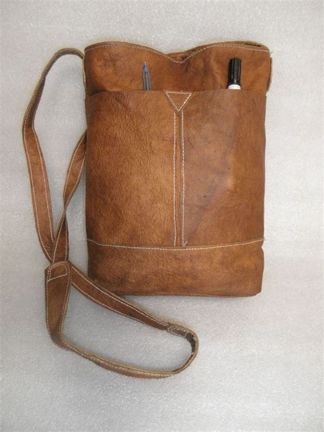 Handmade Leather Bag - 17 best ideas about leather bag tutorial on