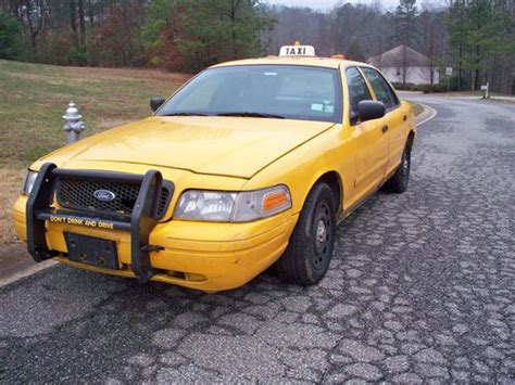 how to learn about cars 2005 ford crown victoria lane departure warning find used 2005 crown victoria taxi package in canton georgia united states