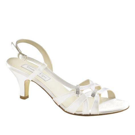 2 heel wedding shoes wedding shoes low heel 2 inch heel shoes
