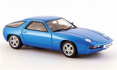 Minichs Porsche 928 Gts 1991 Blue Metallic Scale 1 43 porsche 928 1977 blue zu offnende motorhaube autoart diecast model car 1 43 buy sell diecast