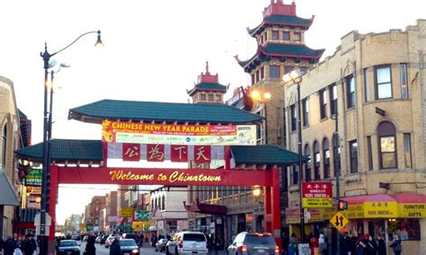 new year in chinatown chicago new year celebration in chicago voyage