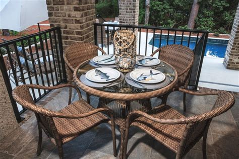 Palm Casual Patio Furniture by Why Wicker Is Better Than Steel Palm Casual