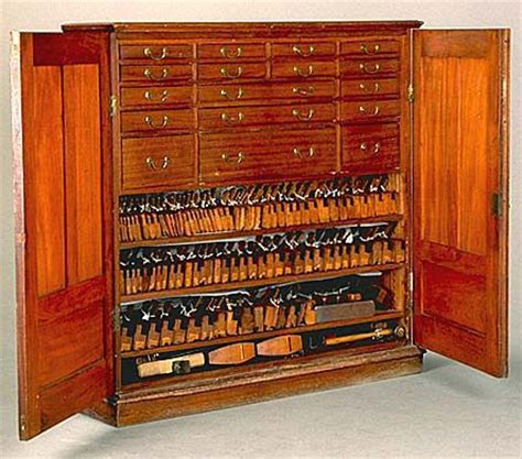 Tools For Cabinet by Wow Just Wow This Stunning Cuban Mahogany Tool Cabinet