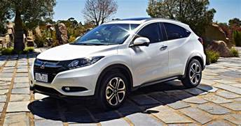 Honda Price 2015 Honda Hr V Pricing And Specifications Photos 1 Of 1