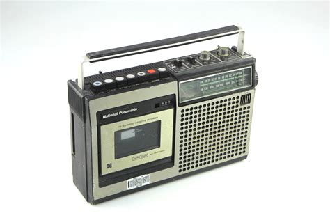 cassette recorder vintage national panasonic rq 542s fm am radio cassette