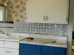 Peel And Stick Kitchen Backsplash Ideas Diy Peel And Stick Backsplash Easy Home Decorating Ideas