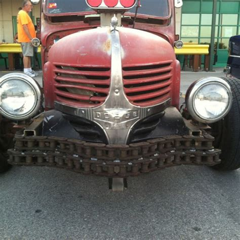 chaign dodge dodge with chain bumper rods