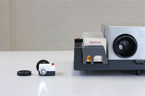 Slide Proyektor Mini is that an instagram slide projector in your pocket