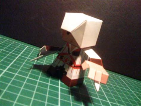 How To Make A Paper Assassin S Creed Blade - assassin s creed paper ezio 171 papertoyadventures