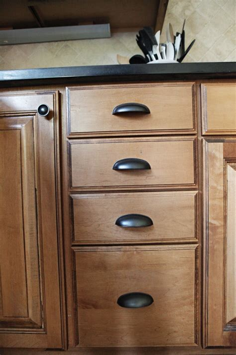 kitchen cabinets with cup pulls pin by jodi robichaud on kitchen pinterest