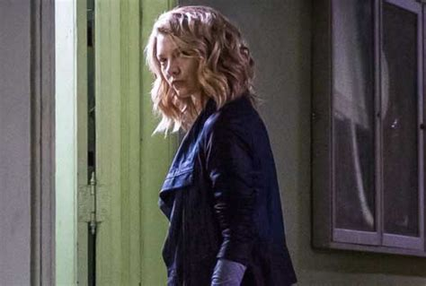 natalie dormer moriarty elementary ep moriarty not back this year but mycroft
