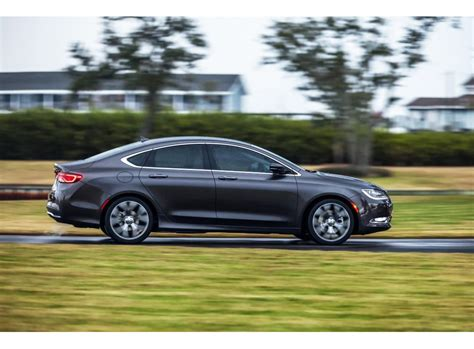 2015 Chrysler 200c Awd Review 2015 chrysler 200c awd review rating pcmag