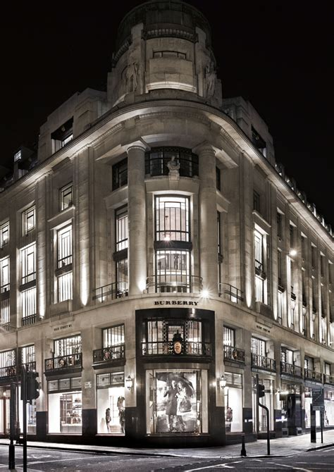 burberry flagship store 187 retail design