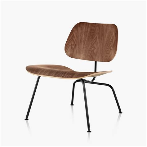 Eames Molded Plywood Lounge Chair by Eames Molded Plywood Lounge Chair With Metal Base By