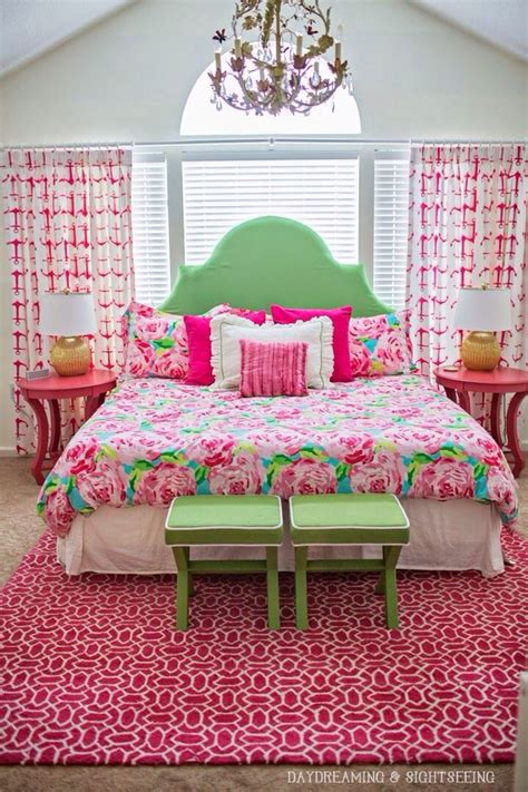 preppy bedrooms 25 best ideas about preppy bedroom on pink pillows kate spade bedding and pink tour
