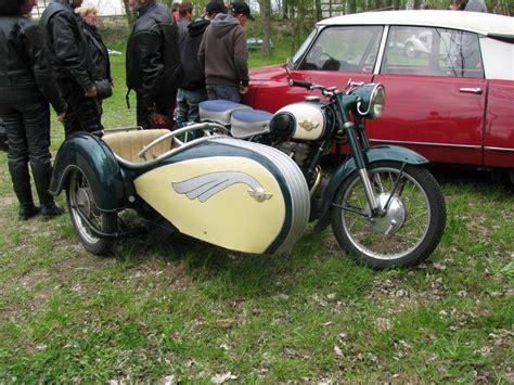 Motorräder Mit Beiwagen Oldtimer by Motorrad Simson Sport Mit Simson Beiwagen Bei Der Oldtimer