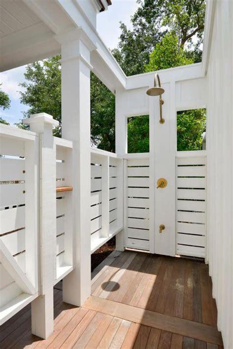 best outdoor shower 25 best ideas about outdoor shower enclosure on pinterest
