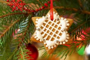 how to make christmas cookie ornaments for the tree