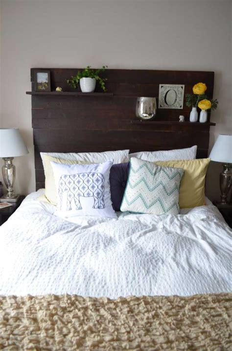 bedroom headboard ideas 18 entretenidos respaldos para convertir tu cama en una obra de arte upsocl