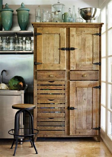 Recycle Kitchen Cabinets Kitchen Cabinets Made From Recycled Pallet Wood Interiordecorinspiration Pallets Kitchens